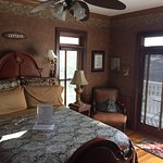 Photo de Port City Victorian Inn, Bed and Breakfast, LLC
