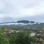 Photo de Mount Phousi