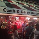 Photo de Filippi's Pizza Grotto