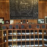 Photo de The Grange of Prince Edward Vineyards and Estate Winery