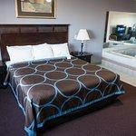 Whirlpool Suite King Bedroom