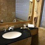 Photo de Eurobuilding Hotel and Suites Caracas
