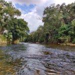 rio Nhundiaquara a partir de barco a remo
