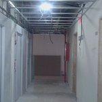 zona de ascensor planta 1 y habitaciones