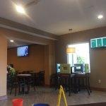 Foto de La Quinta Inn Buffalo Airport