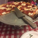 Photo de Lombardi's Pizza