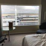 Parkroyal King Bed room