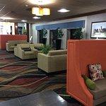 Photo de Holiday Inn Louisville East - Hurstbourne