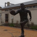 Sir Colin Meads Statue