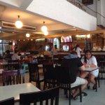 A Decent Lil' Restaurant