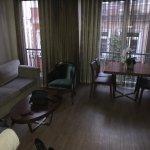 4-bed room