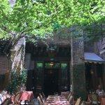 Garten mit gemütlichen Plätzen