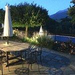 vur sur la piscine le soir - très romantique pour un dernier verre
