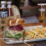 Foto van Warehouse Bar + Kitchen