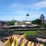Photo de Dragon Tiger Tower