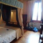 Hotel Loggiato dei Serviti Photo