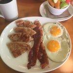 Foto de Shine Cafe