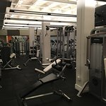 Excellent gym. Great equipment!