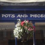 Foto de Pots and Pieces