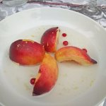 Fresh peach, ainseed tisane