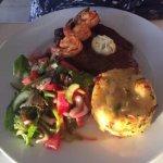 Photo de Sunset Breeze Restaurant & Lounge