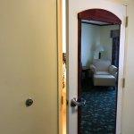 Photo de Executive Inn - Park Avenue Hotel