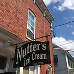 Great and cheap place for ice cream!
