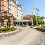 Photo of Monte Carlo Inn Airport Suites