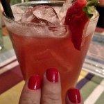 Decoração impecável...Drinks maravilhosos... Burguer na brasa!!