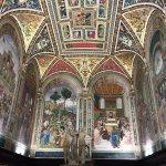 Biblioteca Piccolomini Photo