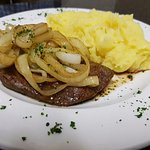 Lunch Liver Onion & Mash