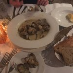 A great appetizer - Steamed clams!