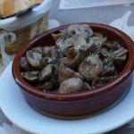 Ajillo of mushrooms.