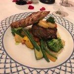 Cena en Restaurante Italiano: Plato Mar y Tierra