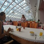 Breakfast/dining room.