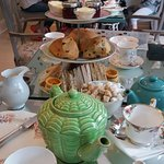 Thought this photo captured our visit perfectly - lots of yummy food and beautiful vintage crock