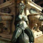 Photo de Fontana del Nettuno