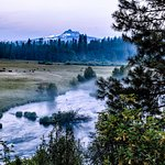 Morning mist on the Metolius