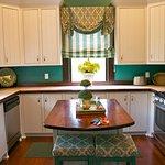 Evergreen kitchen