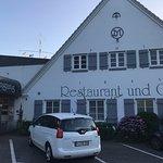 Schulauer Fährhaus und Willkomm-Höft Foto