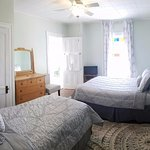 Beaverkill - 2nd floor, queen & twin beds, private bathroom