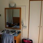 Photo de Daphne Hotel Apartments