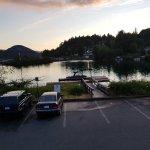 صورة فوتوغرافية لـ Jake's At The Lake