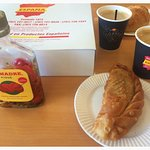 Pastellito de Carne, Salsa Picante and Coffee