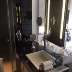 Spectacular Room - Room 418 - Bathroom