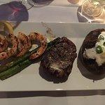 Photo de Liam's steakhouse & oyster bar