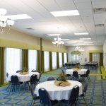 Photo de Holiday Inn Express Hotel & Suites Montgomery/Boyd Cooper Parkway