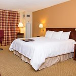 Photo of Hampton Inn Columbus-North
