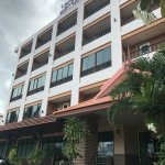 Photo de Rayong Lanna Hotel