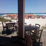 Photo de Spiaggia Rena Bianca